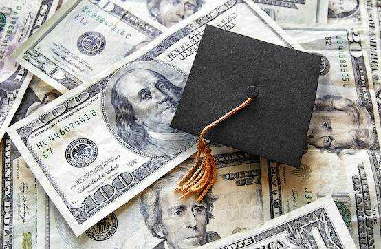Government: student loan no debt trap